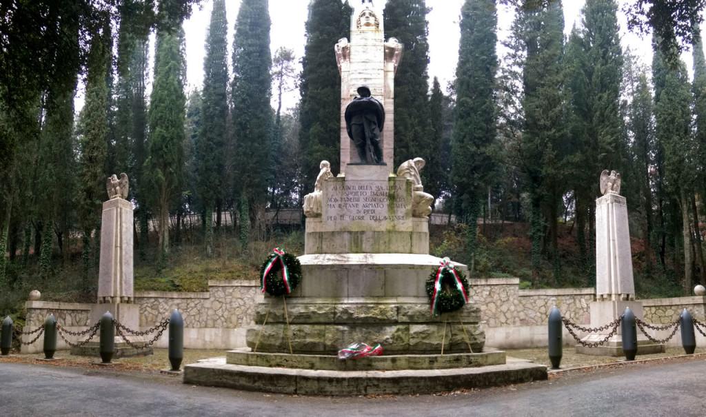 monumento_spoleto_prima_guerra